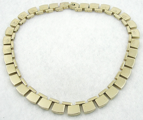 Necklaces - Gold Tone Square Link Necklace