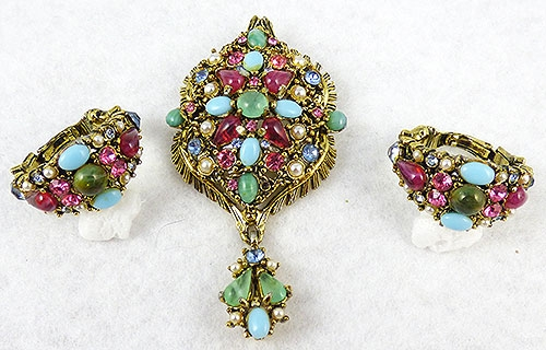 Spring Pastel Jewelry - Hollycraft Brooch/Pendant Set