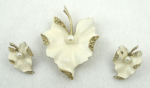 Sets & Parures - Art White Leaf Brooch Set