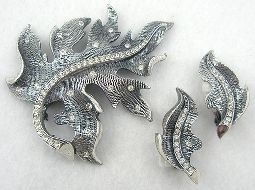 Sets & Parures - Tortolani Silver Leaf Brooch Set