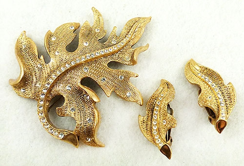 Leaves & Plants - Tortolani Golden Leaf Brooch Set