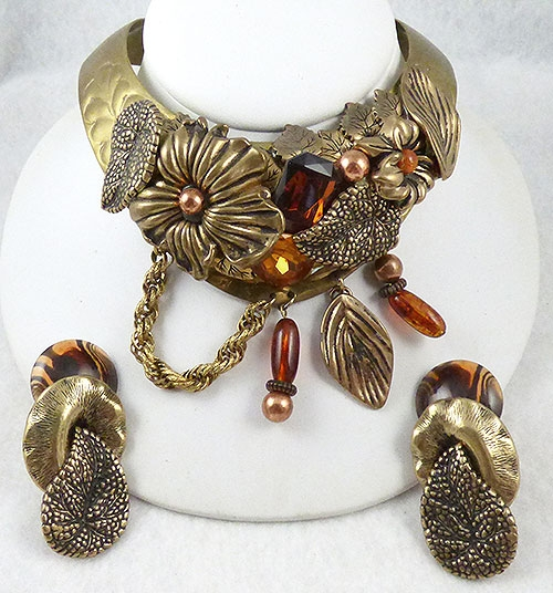 Trend: Fall-Winter 2018-2019 Necklaces - Embellished Brass Collage Torc Necklace Set