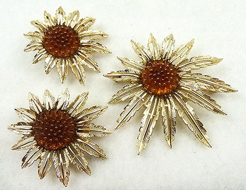 Florals - Sarah Coventry Sunflower Brooch Set
