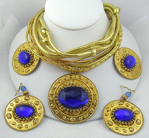 Trend: Sculptural Statement Necklaces - Golden Blue Glass Medallion Necklace Set