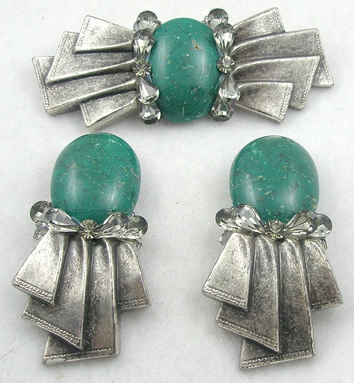 Sets & Parures - Silver Tone & Green Stone Bow Brooch Set