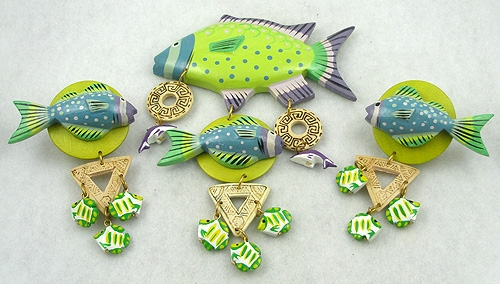 Figural Jewelry - Birds & Fish - Tropical Painted Wood Enormous Fish Brooch Set