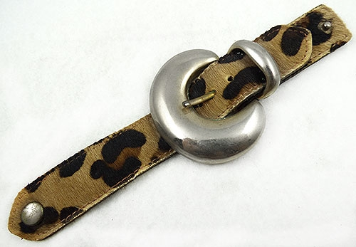 Newly Added Ruza Leopard Print Buckle Bracelet