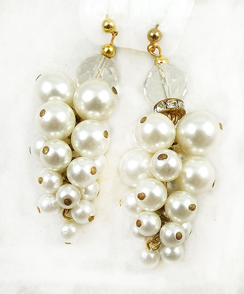 Trend 2020-2021: Pearls! - Faux Pearl Cluster Earrings