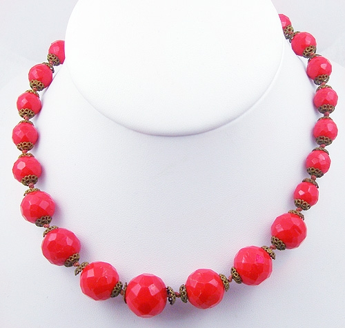 Necklaces - Red Faceted Glass Bead Necklace