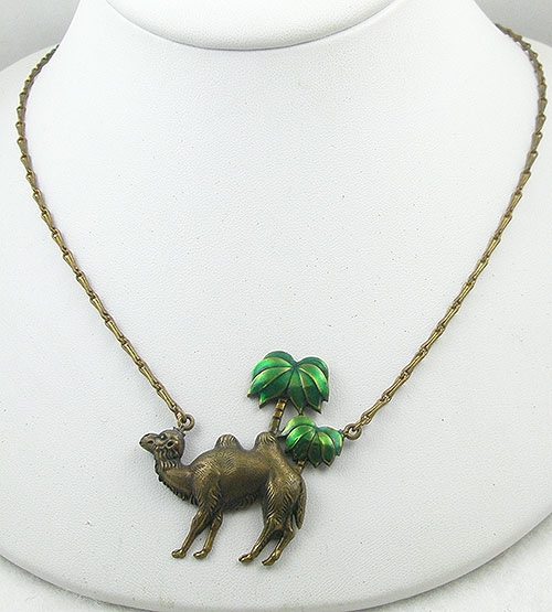 Misc. Signed M-R - Pididdly Links Camel Necklace