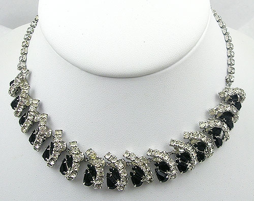 Necklaces - Vintage Black & Clear Rhinestone Necklace