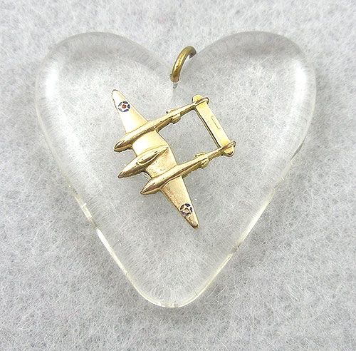 Necklaces - Lucite Heart Sweetheart Pendant