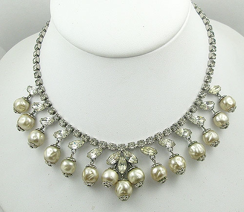 Necklaces - Vintage Rhinestone & Dangling Pearl Necklace