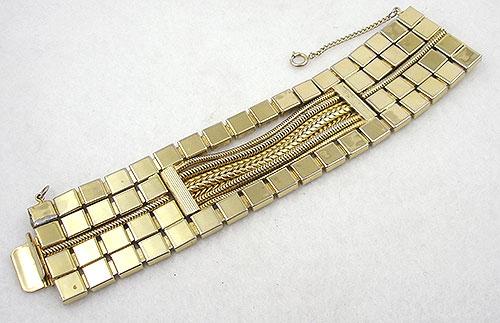 Trend 2020: Gold Link Bracelets - Hobé Wide Gold Bracelet