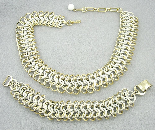 "France - Trfari White ""French Twist"" Necklace & Bracelet Demi"