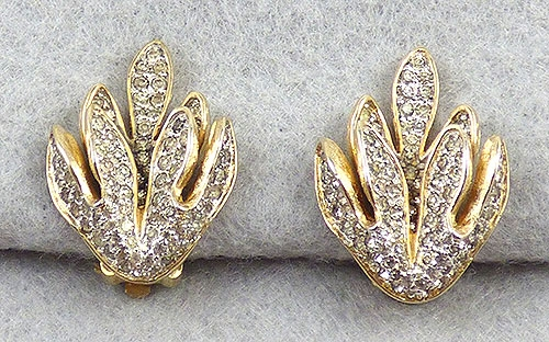 Rosenstein, Nettie - Nettie Rosenstein Rhinestone Leaves Earrings