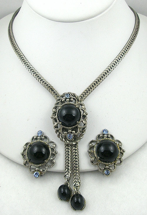 Sets & Parures - Selro Black Cabochon Bolo Necklace Set