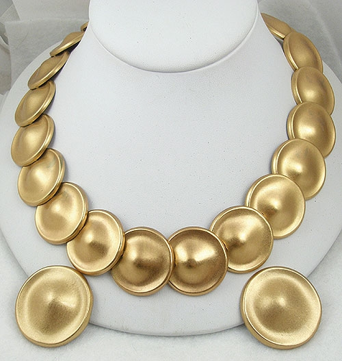 Sets & Parures - Monet Matte Gold Discs Necklace Set