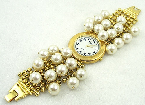 Watches & Accessories - Moderne Faux Pearl Dangles Ladies Watch