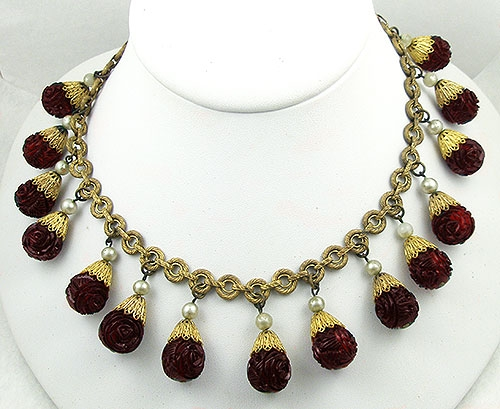 Necklaces - Molded Red Glass Rose Beads Necklace