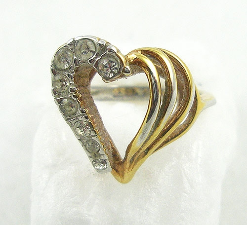 Hearts - 18 KT HGE Rhinestone Heart Ring