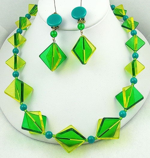 Sets & Parures - W. German Green/Yellow Lucite Necklace Set