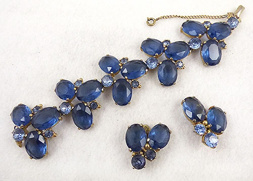 Pantone Color of the Year 2020 - Schiaparelli Blue Rhinestone Bracelet Set