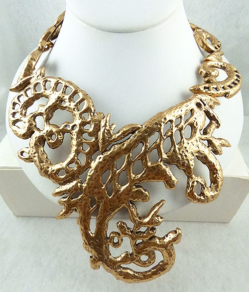 Necklaces - Oscar de La Renta Gold Collar Necklace