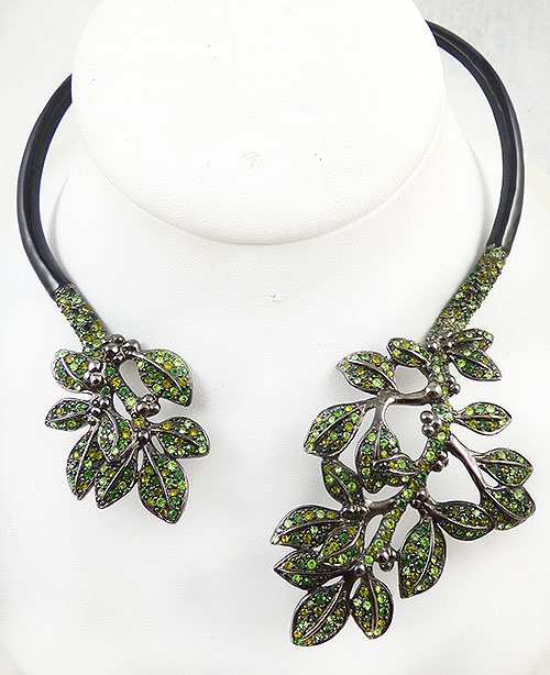 Lane, Kenneth J. - Kenneth J. Lane Green Leaves Necklace