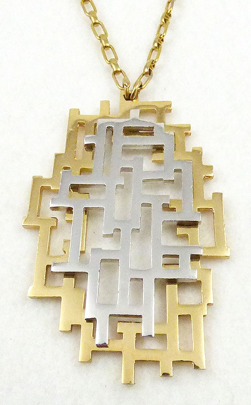 Trend: Fall-Winter 2018-2019 Necklaces - Napier 'Geometric Maze of Polished Metal' Necklace