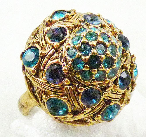 Rings - Hollycraft Turquoise Rhinestone ring