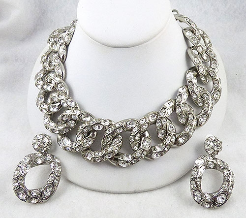 Trend 2020-2021: Chunky Chains - Oscar de La Renta Rhinestone Chain Necklace Set