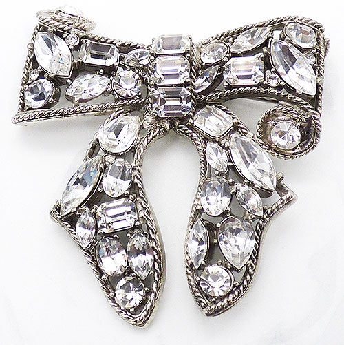 Bows & Ribbons - Kenneth Lane Rhinestone Bow Brooch