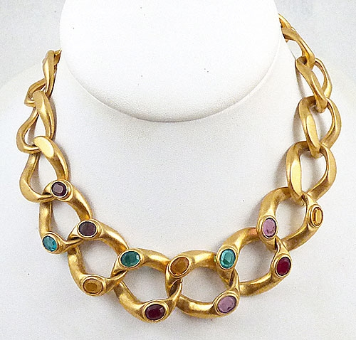 Trend: Fall-Winter 2018-2019 Necklaces - Jeweled Gold Chain Necklace