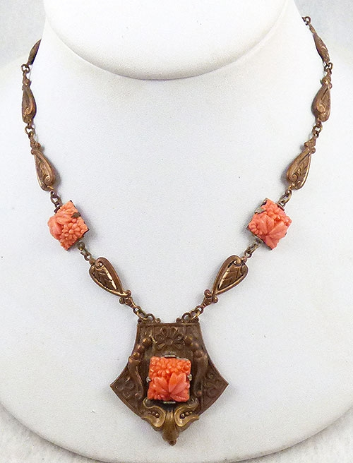 Art Nouveau - Art Nouveau Orange Molded Glass Necklace