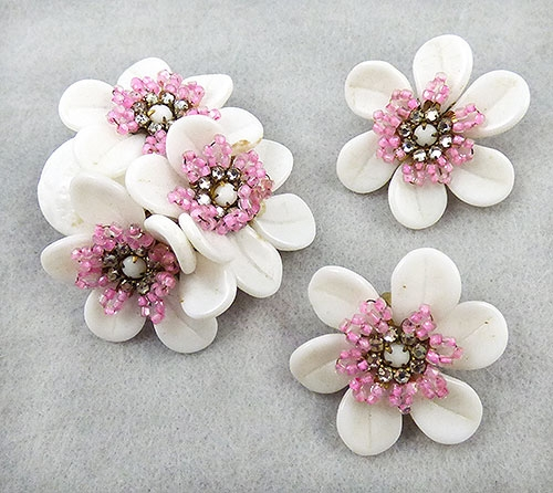Haskell, Miriam - Miriam Haskell White Glass Flower Brooch Set