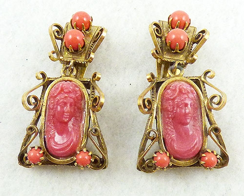 Cameos Intaglios Portraits - Victorian Revival Coral Resin Cameo Earrings