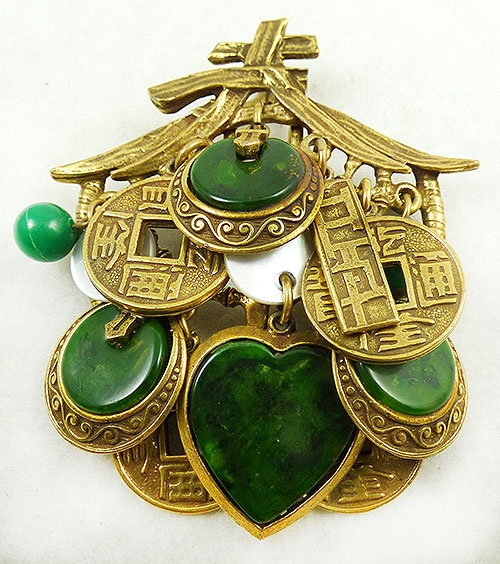 Charm Jewelry - Art Asian Bakelite Charms Pendant