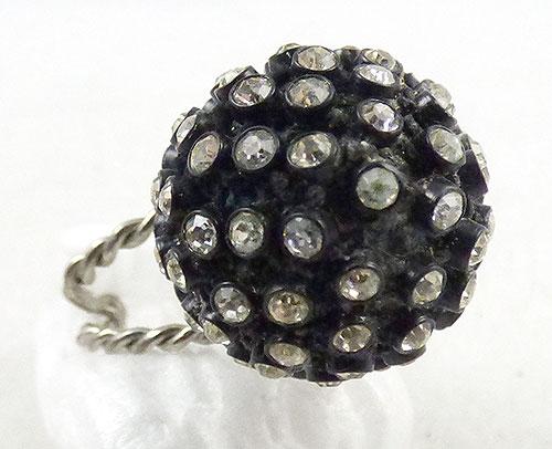 Rings - Black Japanned Rhinestone Ring