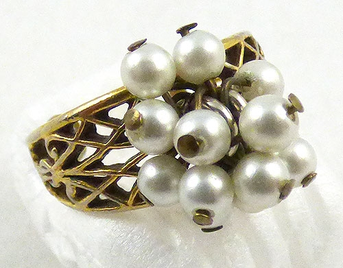 Pearl Jewelry - Gold Filigree and Pearl Dangles Ring