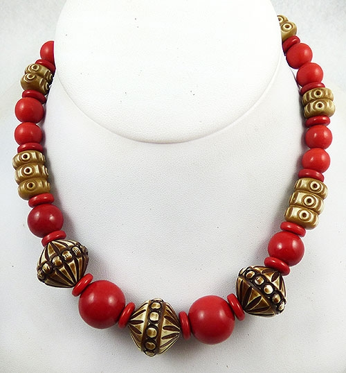 Bakelite, Celluloid, Galalith - Art Deco Galalith Bead Necklace
