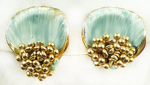 Trend: Spring Summer 2019 Earrings - Gold Cluster Aqua Shell Earrings