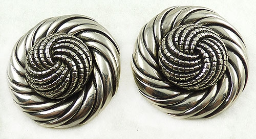 France - Une Ligne Paris Huge Silver Knot Earrings