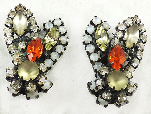 Newly Added Robert Rhinestone Leaves Earrings