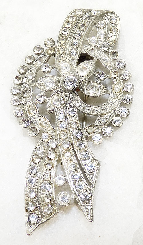 Bows & Ribbons - Pot Metal Rhinestone Ribbon Fur Clip