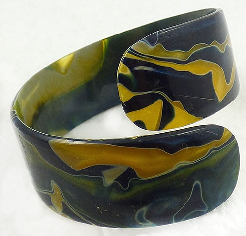 Bracelets - Black and Gold Marbled Lucite Bypass Bracelet