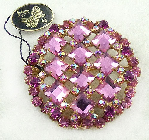 Colors for Fall-Winter 2018-2019 - DeLizza & Elster Pink Square Rhinestone Brooch