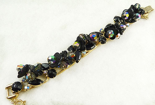 Newly Added DeLizza and Elster Black Dangling Flowers Bracelet