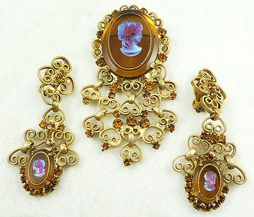 Cameos Intaglios Portraits - DeLizza and Elster Glass Cameo Brooch Set