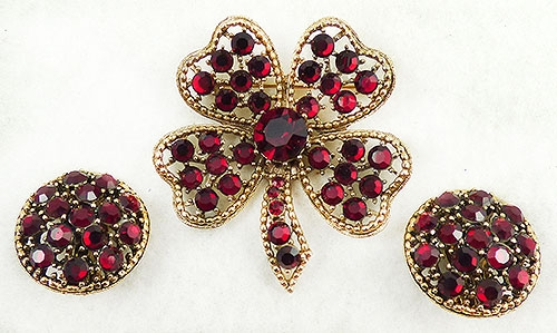 Leaves & Plants - Weiss Red Rhinestone Clover Brooch Set